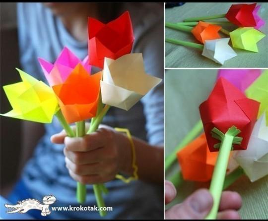 Итог поделки: Готовые цветы из цветной бумаги