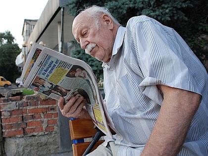 my-chitaem-gazety-i-znaem