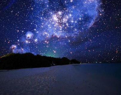 nochnoe nebo i more